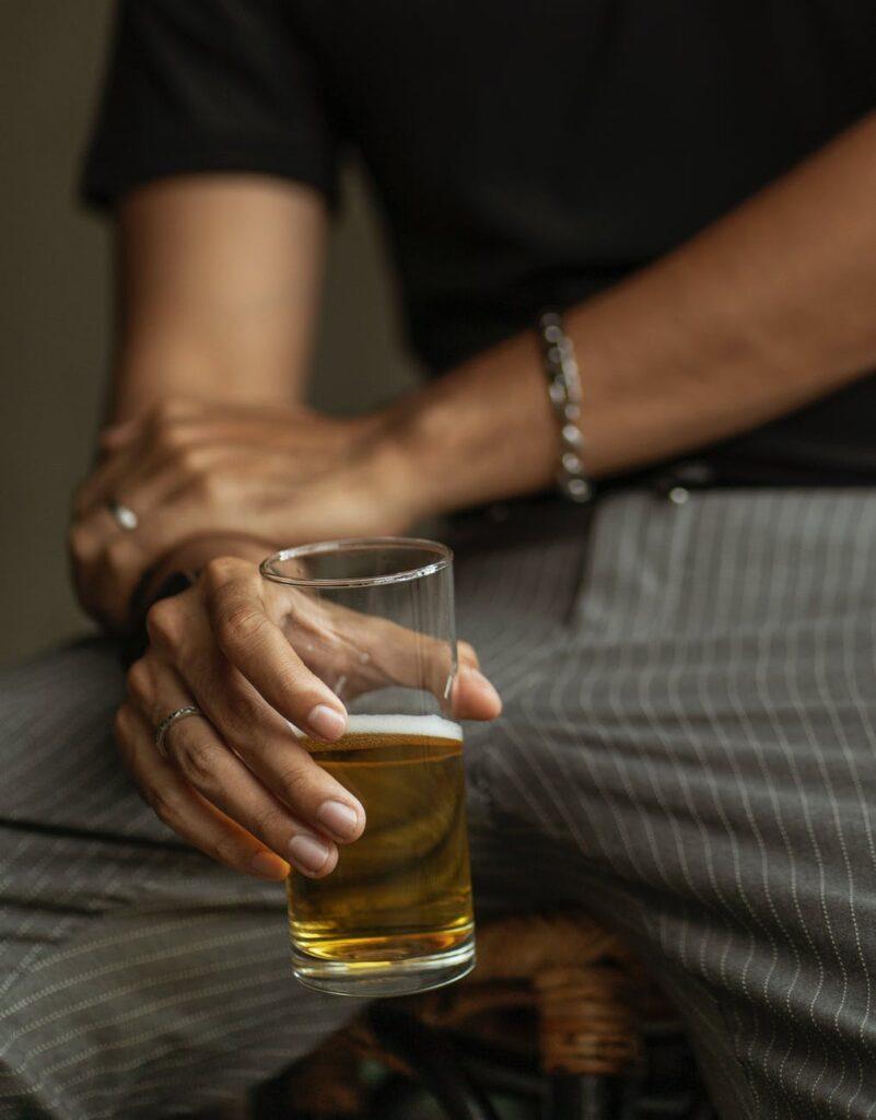 Помощь алкоголикам бесплатно